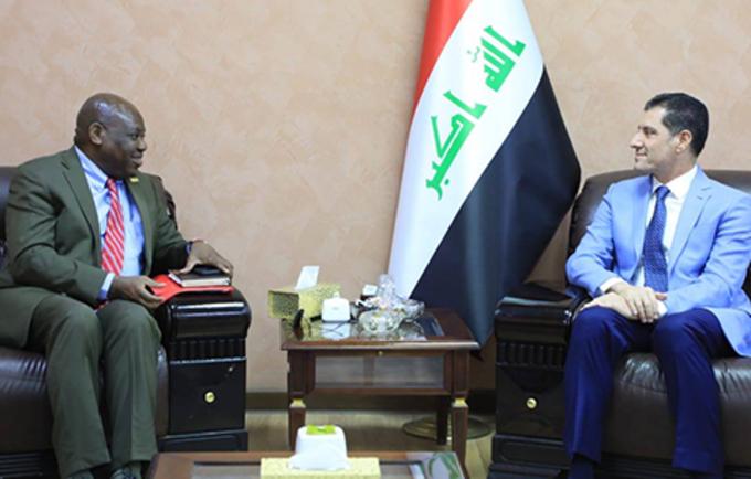 التقى ممثل صندوق الأمم المتحدة للسكان في العراق الدكتور أولوريمي سوجنرو بوزير التخطيط الدكتور نوري صباح الدليمي